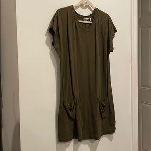 LOGO dark green dress short sleeves